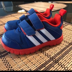 Toddler boy Adidas sneakers size 7